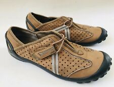 PRIVO by Clarks  Women's Slip On Loafers Shoes Sneakers Size 7.5 Brown Tan