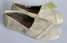 NEW! TOMS CLASSIC CANVAS LIGHT BEIGE BROWN SLIP-ON SHOES SNEAKERS 6.5 37 SALE