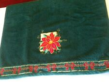 Poinsettia Bath Towel Embroidered Green Christmas Linens 1