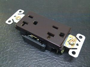 (10 pc lot) Decorator Duplex Receptacles 20 Amp Brown Self Grounding 20A Outlets