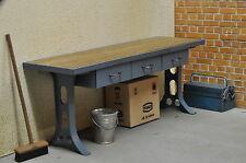Vintage Werkbank mit Werkzeug Diorama Werkstatt Garage Deko Metall 1/18