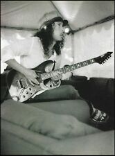 Metallica Kirk Hammett ESP guitar 8 x 11 b/w pin- up photo