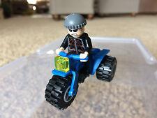 Lego 4853 Spiderman Minifigure Jewel Thief 2 Original 3 Wheeler ATV Motorcycle