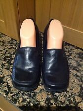 PRACTICAL NINE WEST SHOES SIZE 9W UK SIZE 7 BARELY WORN IN GOOD CONDITON