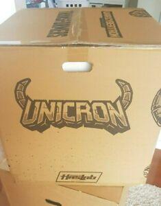 Transformers - Haslab - War for Cybertron Unicron - MISB