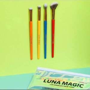 Luna Magic 4-Piece Brush Set NEW IN PACKAGE