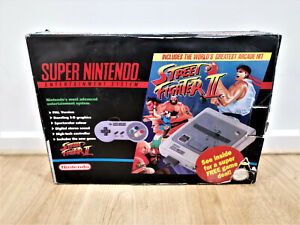 ORIGINAL SUPER Nintendo BOXED Street fighter II edition RARE SNES  With Game