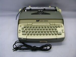 Vintage Smith-Corona SCM Coronet Electric Type Writer