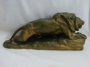 """VINTAGE 19"""" PLASTER LION ON THE PROWL STATUE 9.12 LBS. 8"""" TALL-EXCELLENT DISPLAY"""