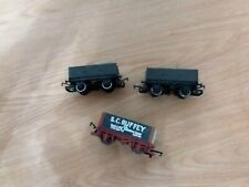 Hornby Thomas The Tank. Ruffey and 2 female Wagons .