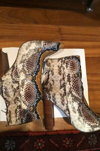 Steve Madden Women's Trista Multi Snake Fashion Boot Bootie Size 8.5 4 inch heel