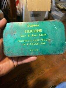 Vintage Unused Outers Silicone Gun & Reel Cloth No 420 with tin case