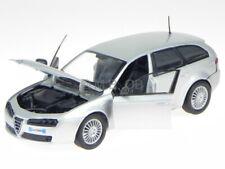Alfa Romeo 159 SW Sportwagon silber Modellauto 73372 Motormax 1:24