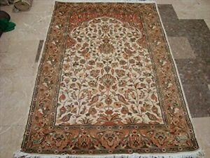 Exclusive Tree of Life Birds Area Rug Hand Knotted Wool Silk Carpet (6 x 4)'