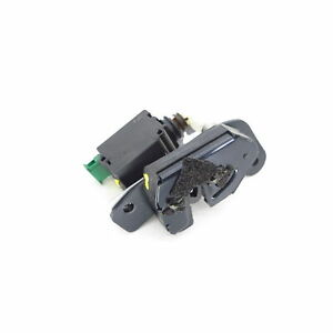 tailgate lock right Land Rover DISCOVERY IV L319