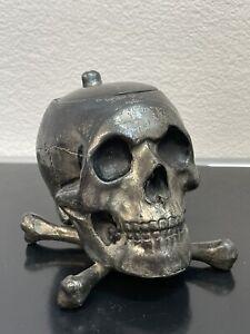Totenkopf Skull Schädel verziert -Zink?-Guss -Hohlguss - Dekoration Aschenbecher