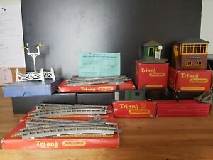 Boxed Vintage Tri-ang Accessories And Track - Used