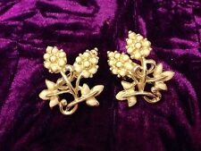 Gold Plated Enamel Vintage Costume Jewellery (1950s)