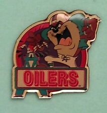TAZ~Houston Oilers Tasmanian Devil Pin / Badge ~ Football~ NFL~ Looney Tunes~NEW