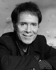 "Cliff Richard 10"" x 8"" Photograph no 5"