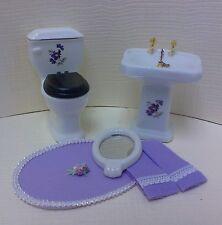 Dollhouse Bath 5 pc set toilet /sink w/mirror & lavender towels & rug  mini 1:12