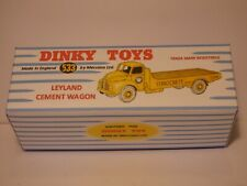 DINKY TOYS no 533 LEYLAND CEMENT WAGON REPRO PRESENTATION BOX model not included