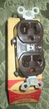 Circle F Brown 125/250V DUAL Voltage Receptacle Duplex Outlet 15A Rare Vintage