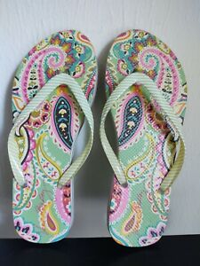 Vera Bradley Sage Green Paisley Flip Flops, Size 7/8... Great Condition!