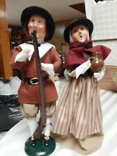 Byers Choice Pilgrim Couple With Pitcher And Long Rifle