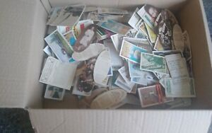 VINTAGE  CIGARETTE CARDS JOBLOT OF 900G INC CHURCHMAN, CAVANDERS, CARRERAS ETC