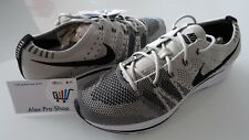 New Mens Size 7 Nike Flyknit Trainer 2017 Pale Grey Black White AH8396-001