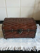 Antique Leather Musical Jewellery Box Toyo