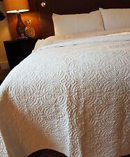 White 100% Cotton bedspread super king 280 x 260cm machine washable