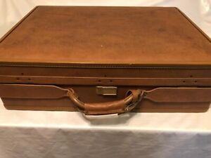 "Vintage Hartmann Belting Leather Suitcase- 24""x18""x7"" Lock Stuck"