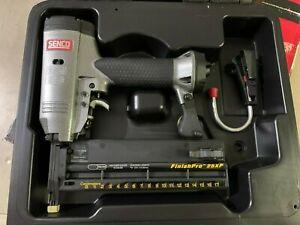 New Senco FinishPro 25XP 18 Gauge Brad Nailer Free Shipping
