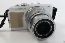 Olympus E-PL5 PEN Kit weiß/silber, neuwertig, 1000 Auslösungen