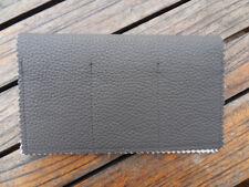 PORTE CHEQUIER en cuir gris