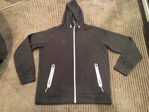 Beautiful HUMMEL sports jacket-size 3XL