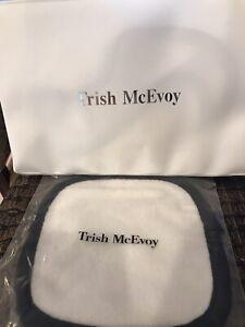 "TRISH MCEVOY x The Original Makeup Eraser 6"" x 6"" New Retail = $20"