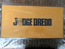 MEZCO ONE:12 COLLECTIVE JUDGE DREDD'S LAWMASTER DARK BLUE VARIANT NYCC EXCLUSIVE