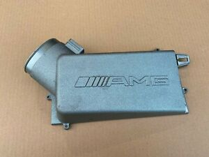 Mercedes Benz C63 AMG W204 Engine Air Filter Box Lid RHS M156 V8 A1560900401
