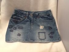 American Eagle Outfitters Size 4 Distressed Denim Mini Skirt Short