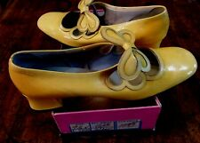 Wow! 1970's Nina Yellow Patent Leather Women's Shoes, Butterfly Trim, Nib, 9.5 N