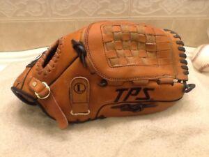 "Louisville F1275 12.75"" Advanced Players Series Softball Glove Right Hand Throw"