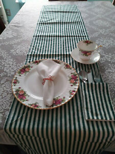 Green & white striped holiday table runner  New pinklady cottage