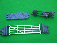 Britains Deetail Diecast Buildings and Set Parts