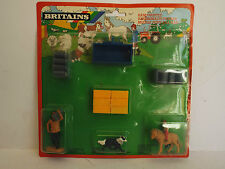BRITAIN'S FARM RARE SET FROM 1988 TRACTOR LOAD & FIGURES 1:30 MOC (BS1406)