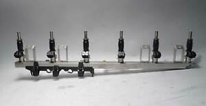 BMW N52 N52N 6-Cyl Fuel Delivery Rail w Injectors 2006-2013 E60 E90 E92 USED OEM