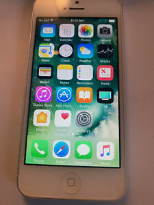 iPhone 5 16GB At&t White