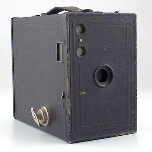 Vintage Box Camera Kodak Brownie Model C 2A Kodak Toronto Ontario 116 Film M567